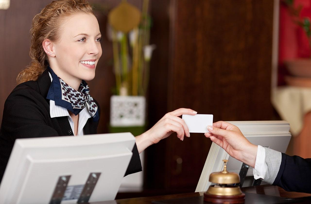 tiếng anh giao tiếp khách sạn và nhà hàng